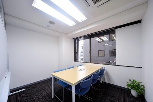 BAレンタルオフィス本町会議室(窓有)