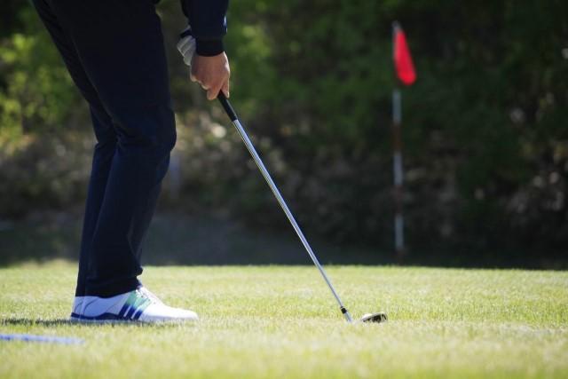 24時間・非接触営業のゴルフ練習スタジオとは?無人化を実現するシステム